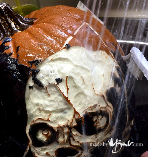 awesome-pumpkin-carving-diy-23-madebybarb-com