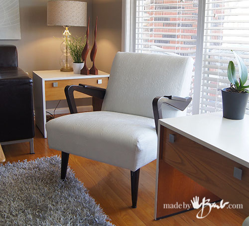 Mid-Century-Modern-Thriftstore-Living-Room-28