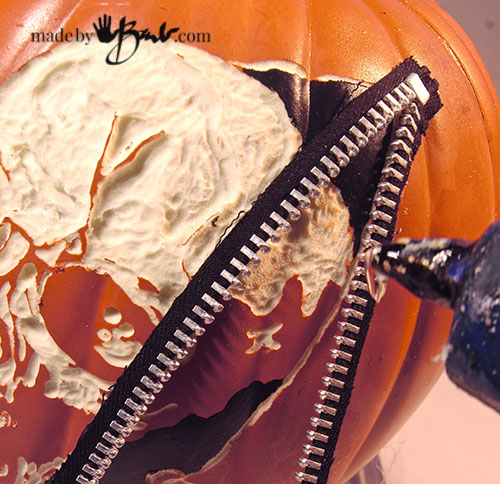 awesome-pumpkin-carving-diy-26-madebybarb-com