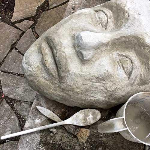 Cement Garden Art: Diy Cement Garden Statues