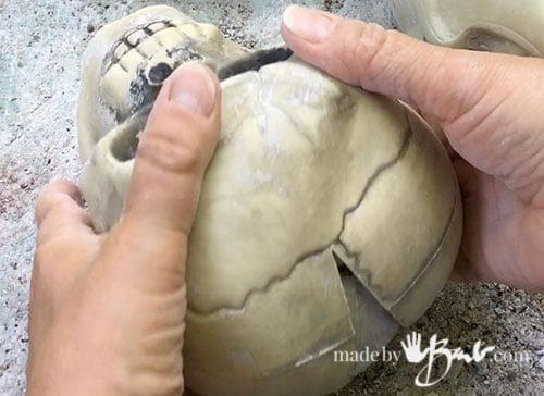 crack open skull mold
